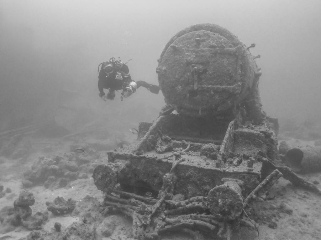 Stellar Divers PADI 5 Star Dive & Service Centre, PADI wreck diver, scuba, Training