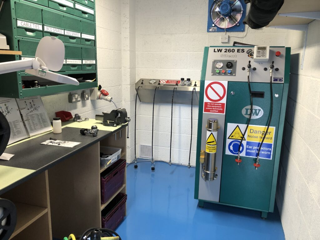 Stellar Divers, Scuba Cylinders, Air Gun Cylinders, Air fills, Lincoln, Lincolnshire