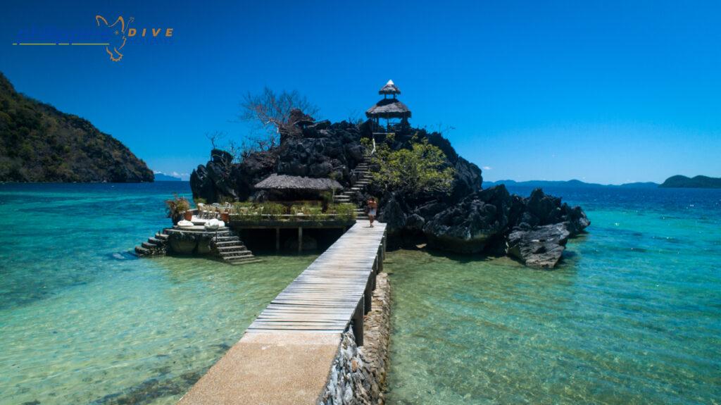 Sangat island bar, stellar divers, Philippines, padi, scuba diving trips Lincolnshire